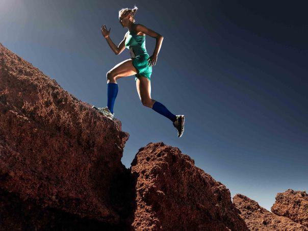 DYNAFIT_PE15_Alpine_Running_Woman